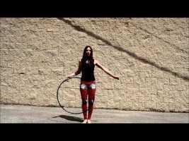 Das ist keine Videotrickserei, dieses Mädchen macht das wirklich.