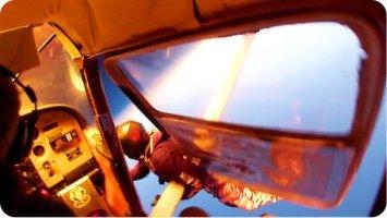 Sie wollen Fallschirm springen und haben eine GoPro auf dem Helm. Doch NICHTS läuft so, wie geplant. Wahnsinn!