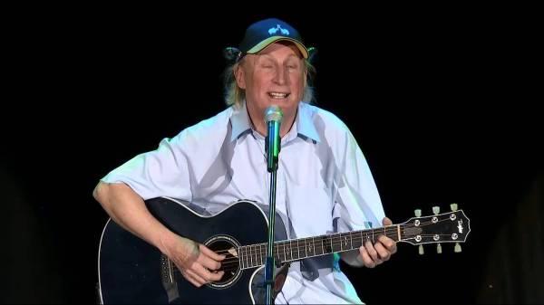OTTO singt Atemlos von SIRENE Fischer in seiner Hänsel und Gretel Version. WELTKLASSE