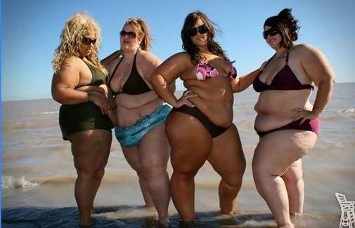 bikinis csajok