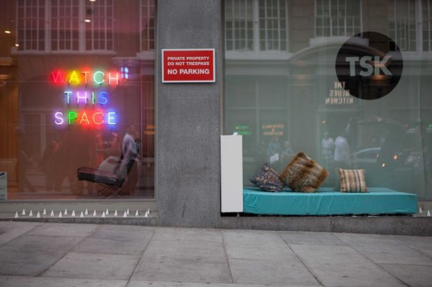 Campaigners_invent_a_brilliant_way_to_fight_back_against_anti-homeless_spikes2