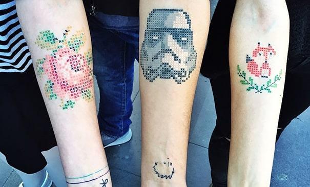 Cross-Stitch_Tattoos_By_Turkish_Artist_Eva_Krbdk