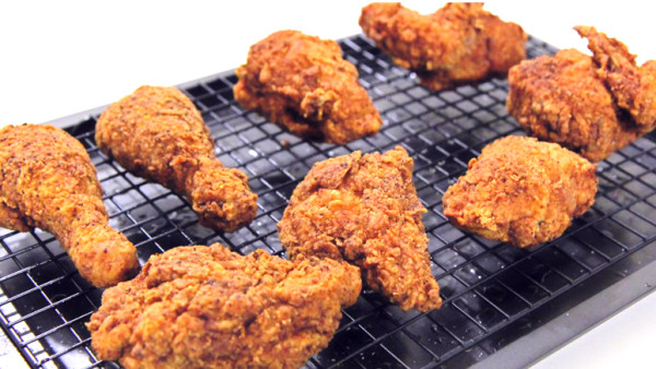 Secret-Ingredient-Makes-Fried-Chicken-Extra-Crispy