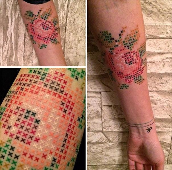 Cross-Stitch_Tattoos_By_Turkish_Artist_Eva_Krbdk3