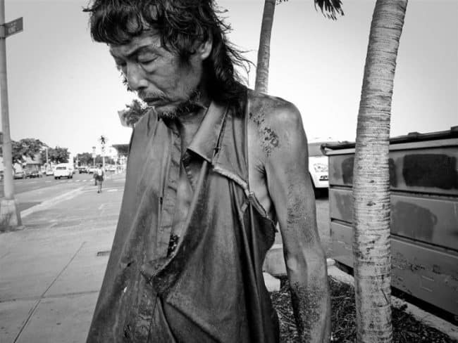 After_10_Years_Of_Photographing_Homeless_People_Photographer_Discovers_Her_Own_Father_Among_Them