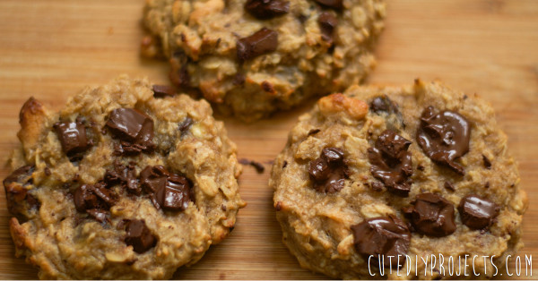 Healthy-And-Nutritious-Peanut-Butter-Oatmeal-Cookies-02