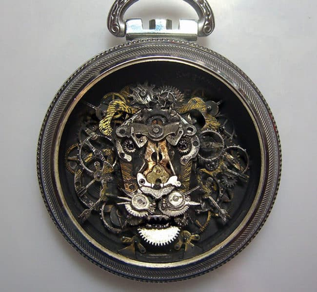 Old_Watch_Parts_Recycled_Into_Steampunk_Sculptures_By_Susan_Beatrice2