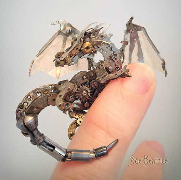 Old_Watch_Parts_Recycled_Into_Steampunk_Sculptures_By_Susan_Beatrice