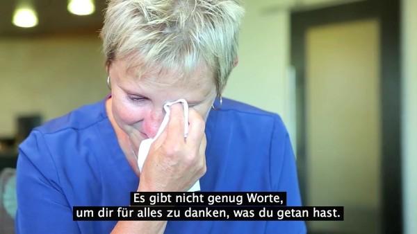 """""""Das sind alles MEINE Babys"""", sagt diese Frau unter Tränen. Doch sie musste alle gehen lassen. Bis zu diesem speziellen Moment."""