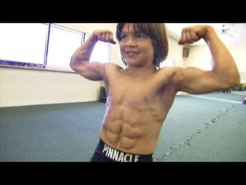 Der stärkste Junge der Welt ist erwachsen. Du glaubst nie welchen Job er gerne hätte!