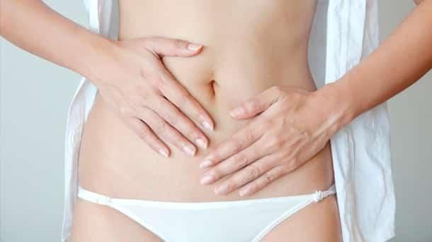 ein-uebersaeuerter-magen-kann-durch-falsche-ernaehrung-entstehen