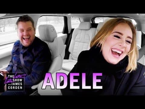 Superstar Adele staunt nicht schlecht, als der Mann neben ihr loslegt. Diese Autofahrt ist das Lustigste, was du heute sehe wirst!